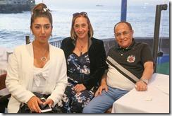 Camila Gonzalez, Alicia Avalos y Osvaldo Gonzalez