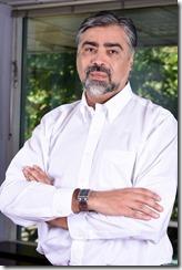 Giovanni-Calderón-Bassi-Columna-de-opinión_thumb.jpg