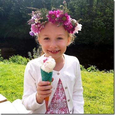 Evie Flower IceCream
